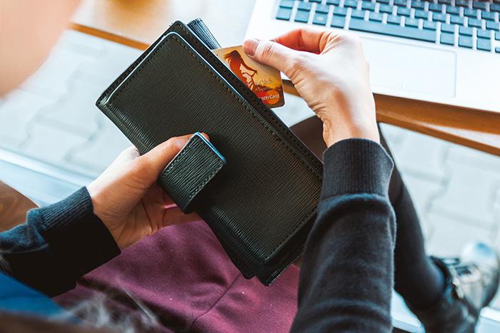 como-vender-moveis-na-internet Confira 7 dicas práticas e saiba como vender móveis pela internet.